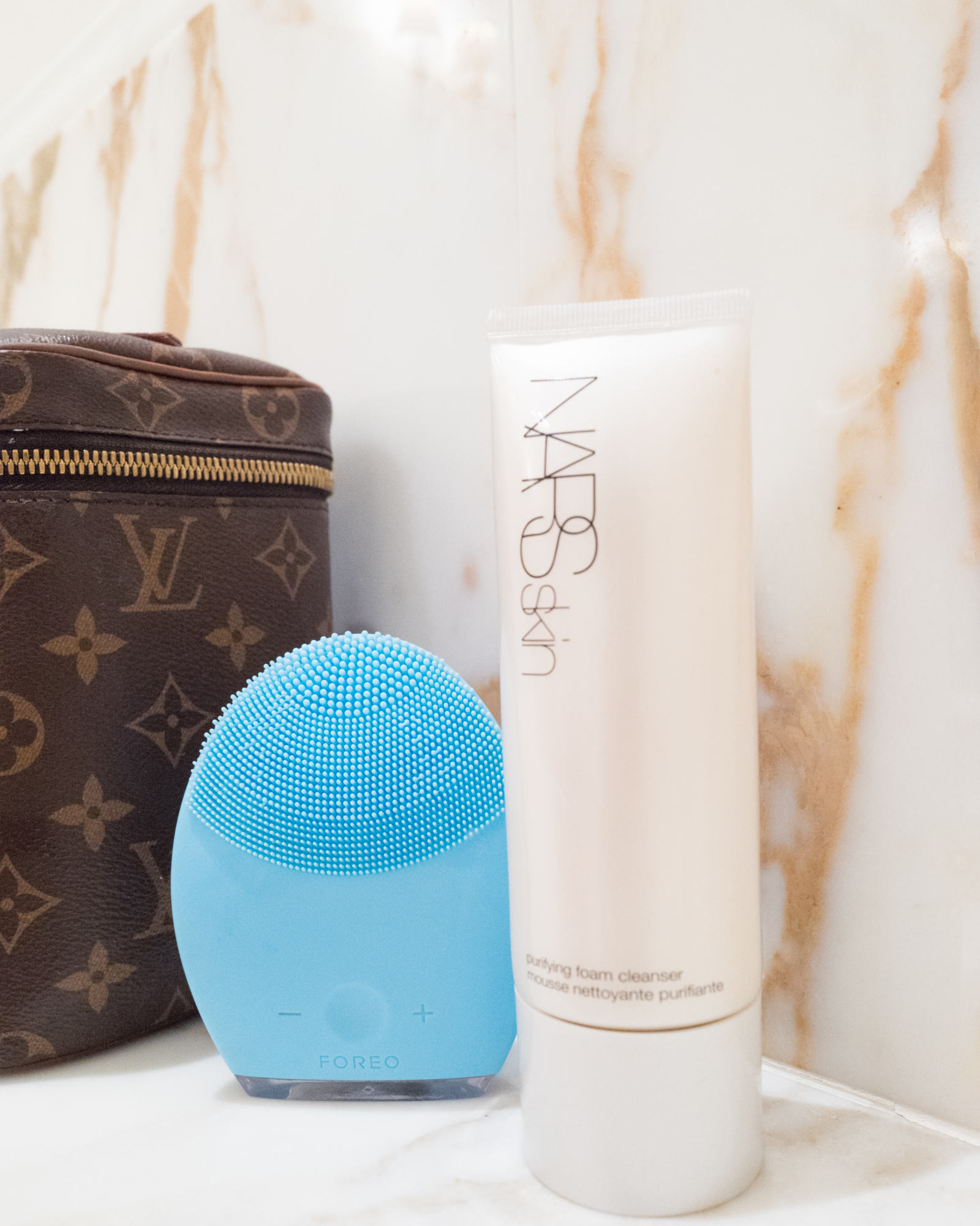 LUNA 2 facial cleansing brush